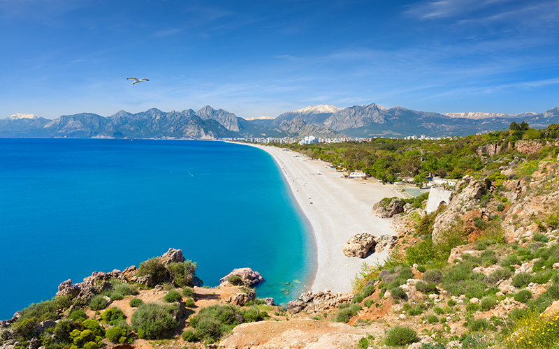 Turkey has some beautiful beaches for those who love nothing more than soaking up the rays. Konyaalti Beach is close enough to the city to split yor day between sightseeing and relaxing.