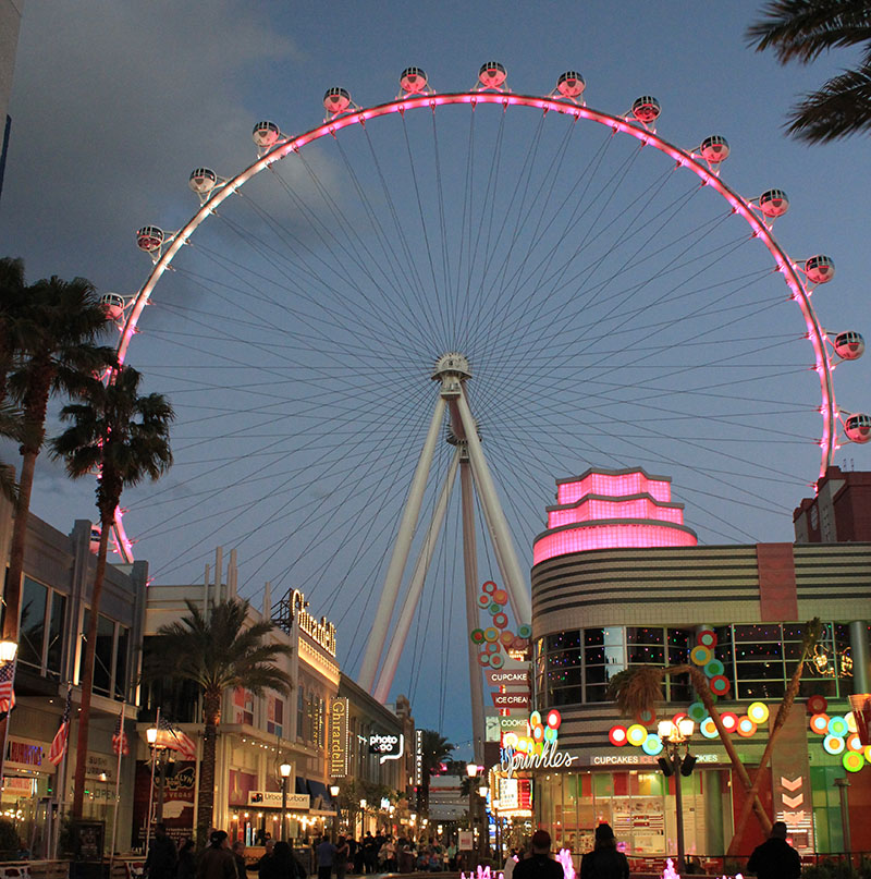 The High Roller is the biggest Ferris Wheel in the world, so make the most of it and have a whirl.