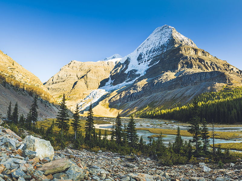The Canadian Rockies is Canada at its wildest, offering up a heady mix of towering ice-capped mountains, alpine lakes, national parks and fascinating towns such as Banff, with its quaint high street. Take a new nature trail and head for a new and exciting mountain high!