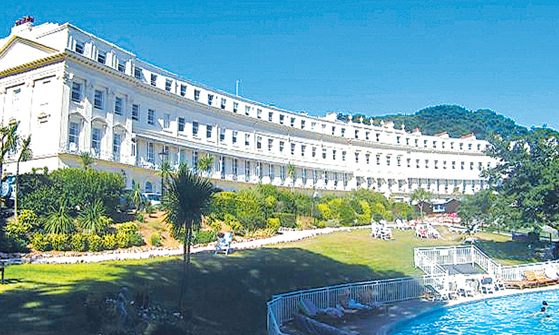 The Osborne Club (0210) in one of the UK's sunniest seaside resorts, Devon, signed up to RCI's holiday exchange programme in 1979 and is still home to RCI holidaying members a good 40 years later.