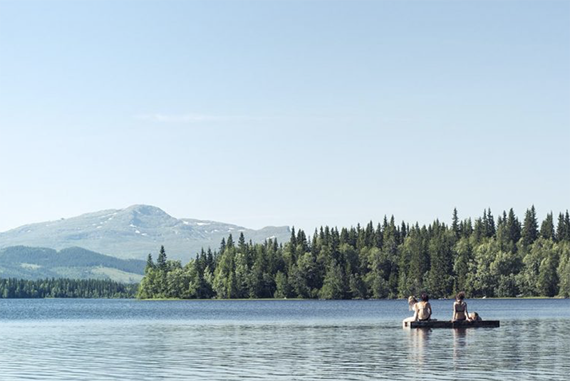 A beach is a beach - but Helgesjön Beach in Åre is a shoreline with a difference, being surrounded by the natural beauty of Sweden's great outdoors.