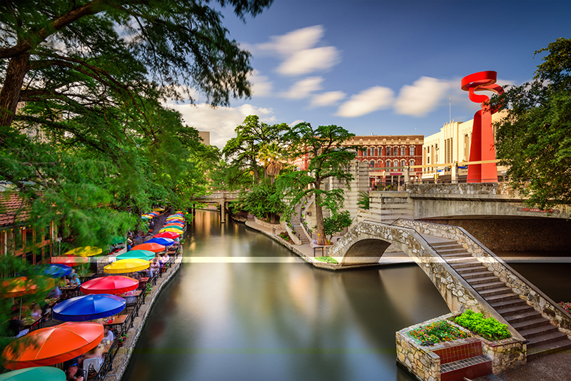 The River Walk is just a small part of the colourful and vibrant life of San Antonio, largely shaped by both Hispanic and Anglo cultures.