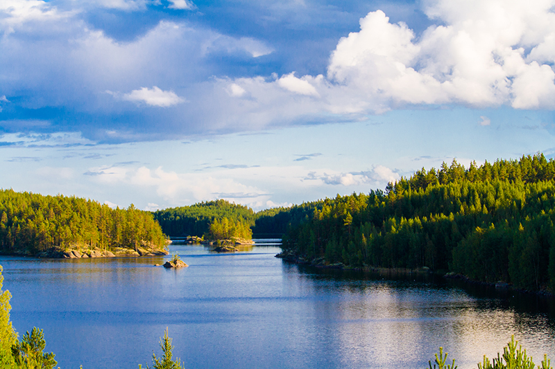 Finland is a beautiful year-round romantic destination. Whether you want a cabin in snowy Lapland in the winter, or a lakeside picnic for two surrounded by carpets of wildflowers, you'll find your perfect romantic retreat here.