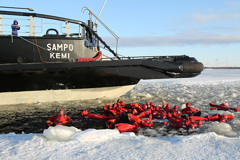 Close to Kemi, you can also take an Arctic cruise, which powers through the thick ice in the Gulf of Bothnia. Brave cruise guests can wear a survival suit if they wish to take the plunge and throw themselves into the icy waters.