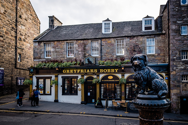 Why not take a pit stop at a local pub. There are plenty of old quaint pubs and restaurants to choose from in Scotland's capital city, so make sure you try some local dishes while you're there.