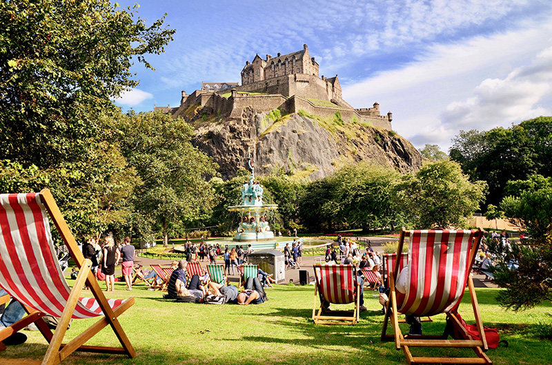 There's lots to see and do in Edinburgh, especially during the Fringe, so take some time to sit and relax in one of the parks and enjoy the views of the famous Edinburgh Castle.