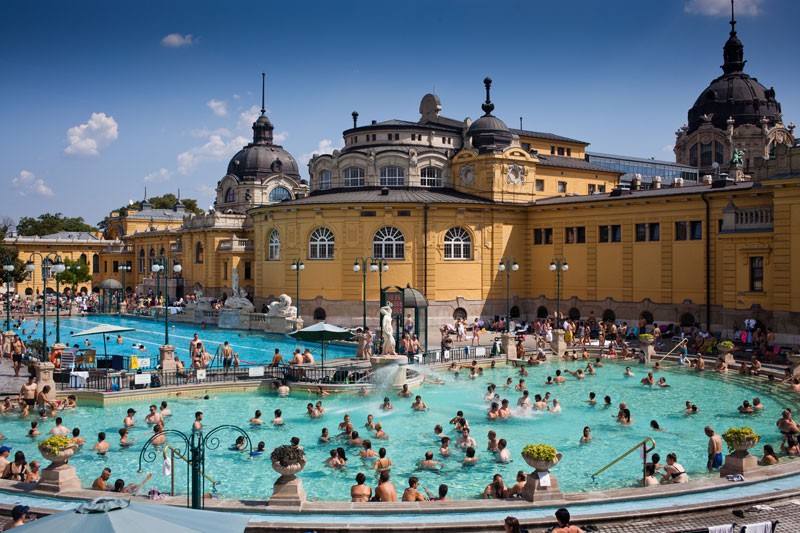 Széchenyi Thermal Baths are the perfect place for spa-goers. Featuring 18 pools, 10 sauna and steam rooms, you can relax and catch up with friends at the same time.