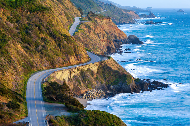 One of the most famous drives in the world, California's Big Sur is also a spectacular cycle route. Taking you past many different coastal towns with beautiful beaches.
