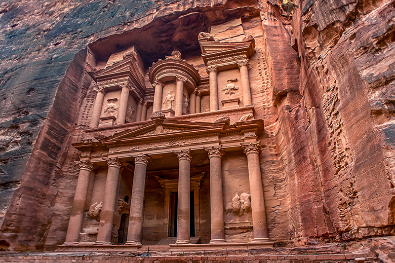 Step into the shoes of Indiana Jones and take in the beautiful surroundings of the UNESCO World Heritage Site of Petra.