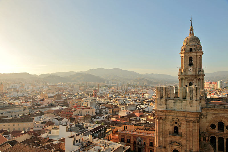The stunning Málaga Cathedral was constructed between 1528 and 1782 and boasts many different design styles. Visitors will appreciate the Renaissance, Baroque and Gothic touches throughout the building, highlighting its rich history.