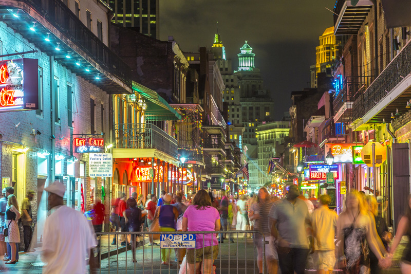 New Orleans' French Quarter comes alive at night and is the perfect place to taste the local cuisine while on holiday.