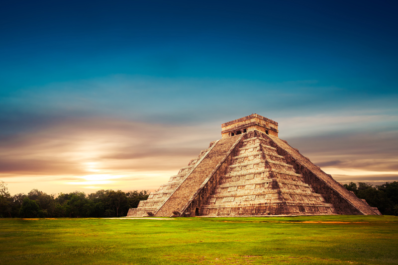 The Mayan ruins of Chichén Itzá are a must see for those holidaying in Mexico. It is the largest of the Mayan cities on the Yucatán Peninsula and really are a spectacular sight.