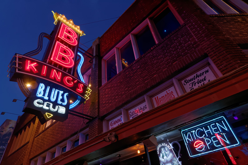 Any rhythm and blues fan has to pay a visit to B.B. King's Blues Club.Their house bands feature some of the most talented musicians in the Mid-South