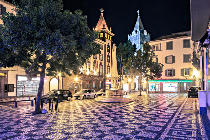 For those who want plenty of restaurants, shops and cultural attractions, Madeira's capital, Funchal, is the perfect destination. With lots to do and see, you can spend hours just walking around and taking in the scenery.