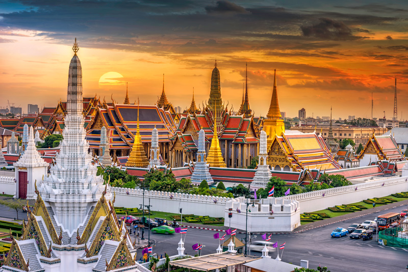 Bangkok is a city where the ancient, exotic and modern meet, making Bangkok a one-of-a-kind destination, and a city that really begs to be explored.