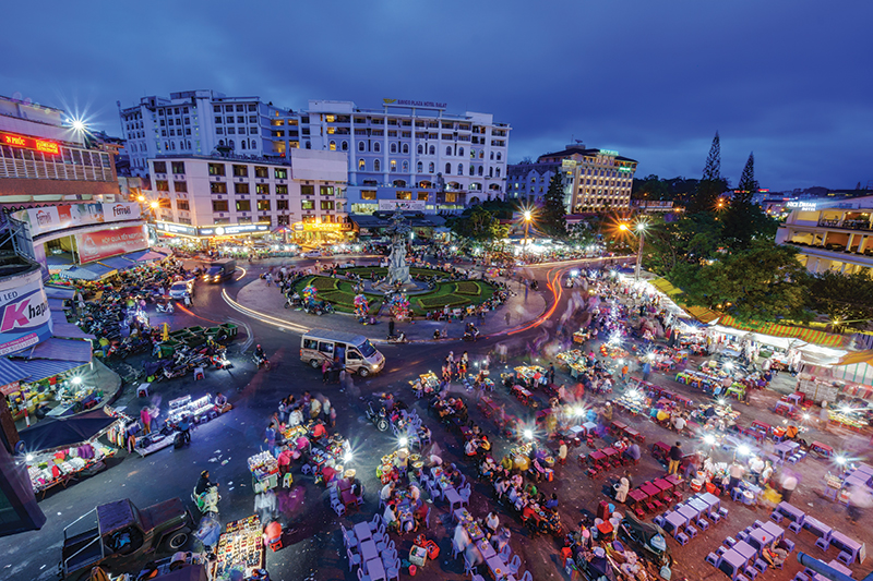The old Night Market in Da Lat is a great tradition and the place to go for shopping. Did you know the coffee grown in Da Lat is some of the most expensive in the world?