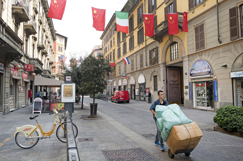 Surprisingly, among all that elegant historic architecture, Milan has a Chinatown! It offered quite a different experience and was enjoyed by Ellen and her party.