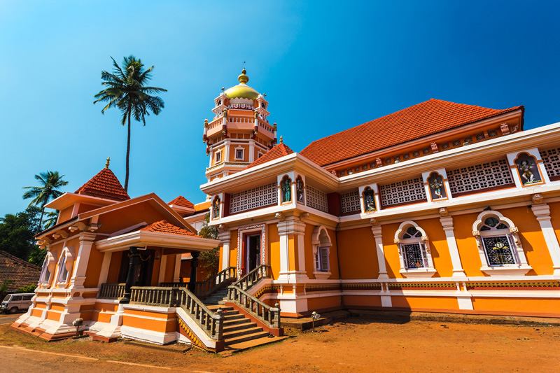 Away from the stretches of sand along the shores of the Goan beaches, old Goa is a cultural centre where you will find Portuguese influences - it was once a Portuguese province back in the 16th centurey, impressive architecture and a lively nightlife.