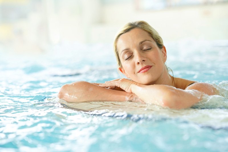 Thalassotherapy - thanks to its healing seawater properties - is a popular treatment in Portugal. Spas combined with fantastic beaches, glorious sunshine, delicious food and golf courses a plenty make Portugal a perfect holiday destination.
