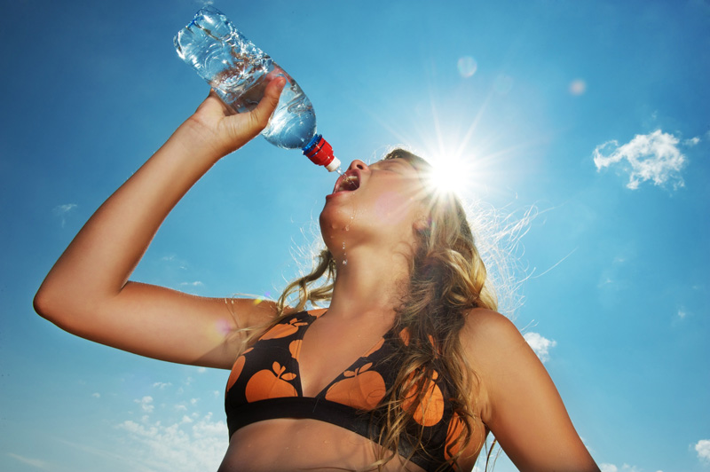 To stay feeling at your best on holiday in the hotter climes, take some time out to be sure that you are taking on board enough water to stay hydrated.