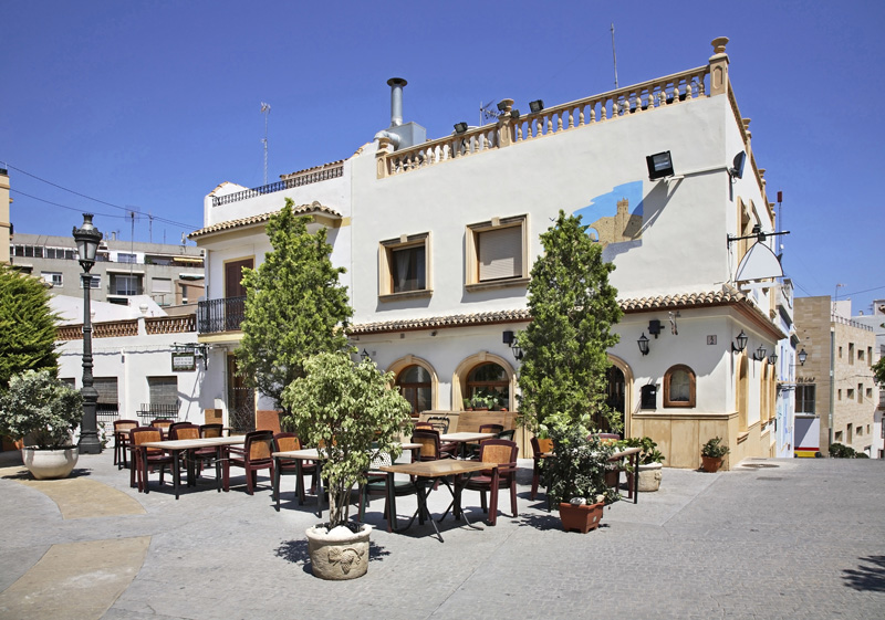 Calpe Harbour is surrounded with pretty restaurants where the fish comes straight from the sea.