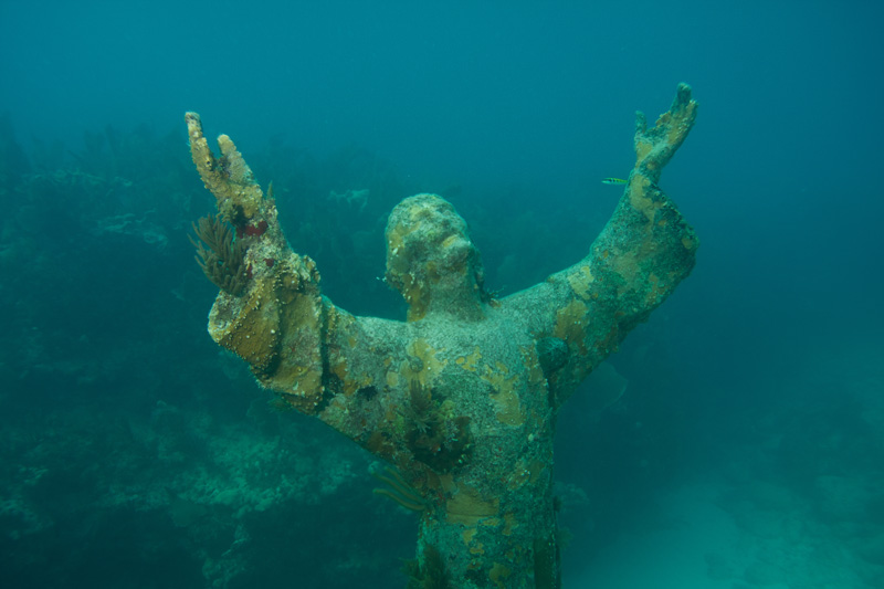 If there was ever a place to get a once in a lifetime selfie, it's on the seabed of the John Pennekamp Coral Reef State Park with a statue of Jesus.