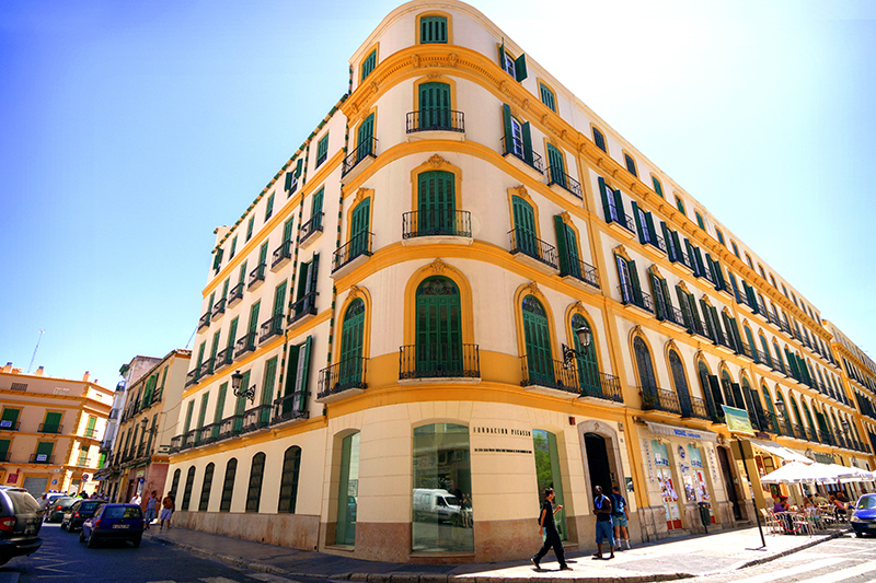 Visitors to Málaga must visit the Museo Picasso Málaga to learn more about the famous artist. The museum opened in 2003 and is home to over 285 works by the artist.