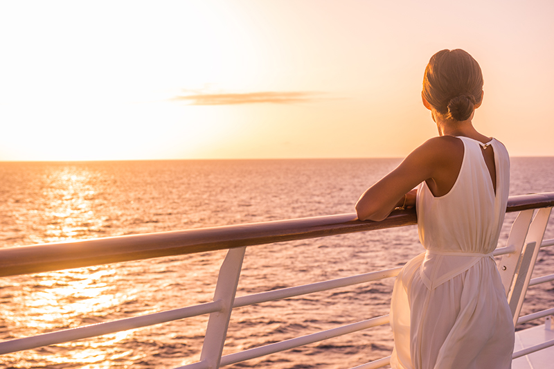 Booking a cruise shouldn't be daunting. Here at RCI Cruise°, in association with Cruise118.com, we'll guide and support you every step of the way to select the cruise that's right for you.