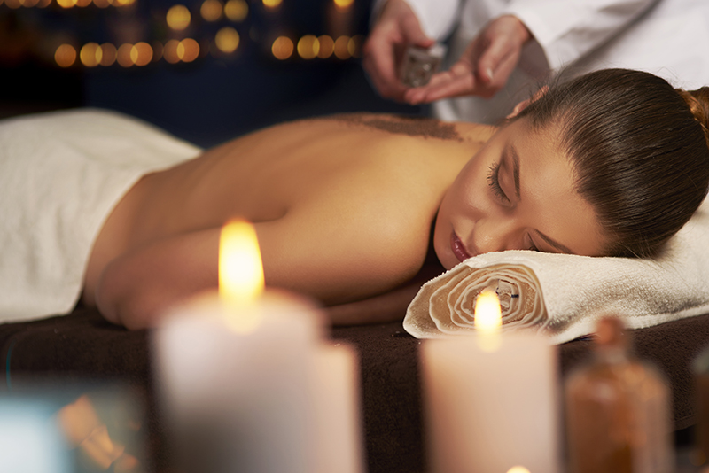 Many resorts offer credits to be spent on the on-resort activities and beauty treatments which can save you hundreds of dollars, euros or pounds - whatever your currency. How much more relaxing does it get than to know you can sit back and enjoy your pamper sessions while saving so much money.